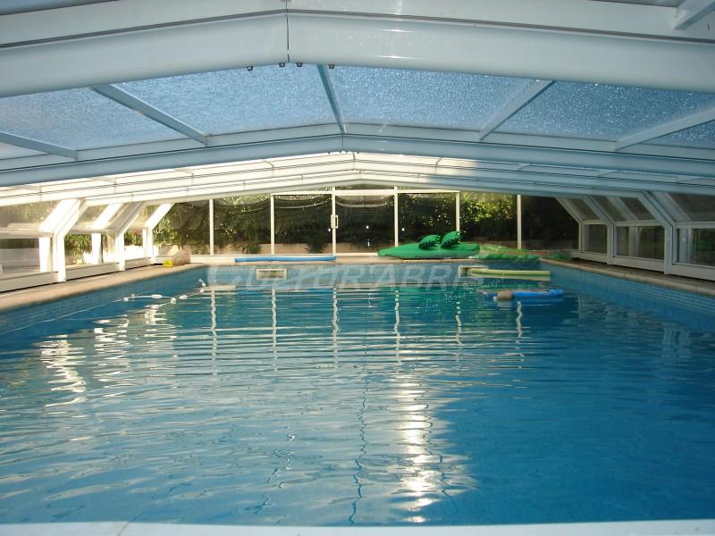 Abri-piscine-romane_mi-haut